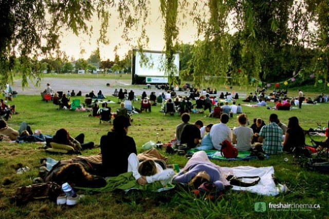 Free-outdoor-movies-640x426